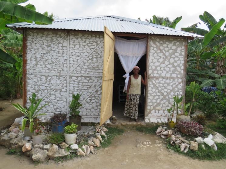 Nouveaux logements plus grands et confortables que les abris provisoires